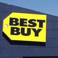 Photo taken at Best Buy by Paul G. on 7/22/2012