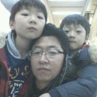 Photo taken at Lotte Mart by Changbong J. on 11/26/2011
