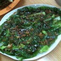 Photo taken at Damansara 福建面茶餐室 by Sharon H. on 7/24/2011
