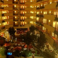Photo taken at Embassy Suites by Hilton Albuquerque Hotel & Spa by Balázs V. on 10/25/2011