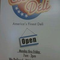 Снимок сделан в Corner Deli & Cafe пользователем Shawn C. 10/17/2011