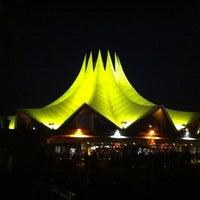 10/22/2011 tarihinde Michael E.ziyaretçi tarafından Tempodrom'de çekilen fotoğraf