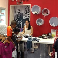 Photo taken at Guess Kids by Lyn V. on 8/12/2012