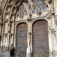 Снимок сделан в Catedral San Salvador de Oviedo пользователем Arianna S. 4/7/2012