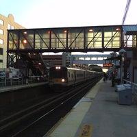 Photo taken at LIRR - Mineola Station by Fernando d. on 5/30/2011