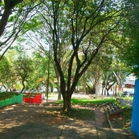 Das Foto wurde bei Praça Lions Clube Butantã von Hafaelpunk am 10/22/2011 aufgenommen