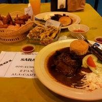 Photo taken at Puncak Mutiara Cafe by Amirul A. on 8/28/2011