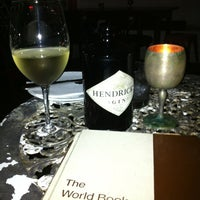 Photo taken at Hemingway's by Robelen B. on 8/23/2012