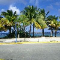 Снимок сделан в Escambron Beach пользователем Irene S. 1/16/2012