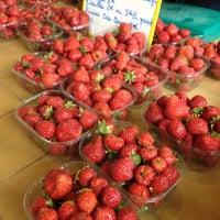 Photo taken at m Foriestier - Fruit Rouge Sur La Marche by Alan J. on 8/25/2012