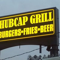 Photo taken at Hubcap Grill & Beer Yard by Biff B. on 12/10/2011