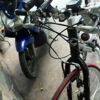 Photo taken at Bún Bò Huế (40 Nguyễn Đình Chiểu, Phường 3, Quận Phú Nhuận) by Tony T. on 5/1/2012