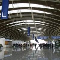 Photo taken at Shanghai Pudong International Airport (PVG) by Annie A. on 3/30/2012