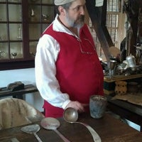 Photo taken at James Craig Jeweller at Colonial Williamsburg by Matthew W. on 12/22/2011