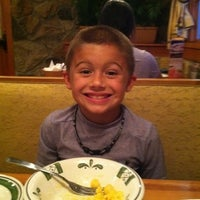 Photo taken at Olive Garden by Alaina H. on 8/24/2011
