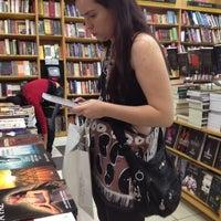 Foto tirada no(a) Saraiva Mega Store por Margaret A. em 8/30/2012