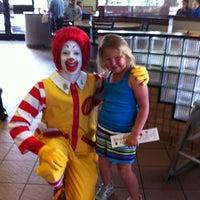 Photo taken at McDonald's by Farah B. on 5/28/2011