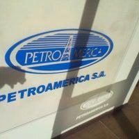 Das Foto wurde bei Distribuidora De Combustibles Petroamérica von Marcelo Andrés L. am 10/19/2011 aufgenommen