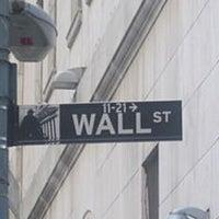 Photo taken at Wall Street by Bi💗 on 6/29/2012