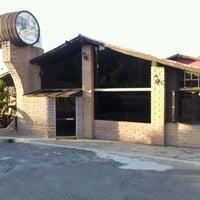 Foto tirada no(a) Restaurante Sbornea's por Ana B. em 1/5/2012