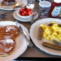 Снимок сделан в The Original Pancake House пользователем Mark S. 5/26/2012