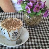 Photo taken at Skina do Café by Erik P. on 7/25/2011