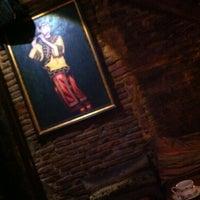Photo taken at Rústika Café Tapas&Gin by Marcos Z. on 10/9/2011