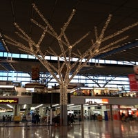 Photo taken at Terminal 3 by Juergen on 12/5/2011