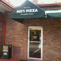 Photo taken at Mo's Pizza by Natasja F. on 9/8/2011