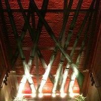 Foto tomada en Hotel Lennox por Cris T. el 10/29/2011