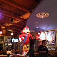 Photo taken at Red Robin Gourmet Burgers by Lizandra C. on 2/26/2012