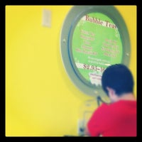Photo taken at Yo Paradise- Frozen Yogurt*Smoothies by Jeff B. on 7/22/2012