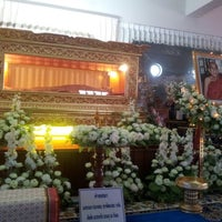 Photo taken at วัดท่ามะโอ by Na Mon on 8/6/2012