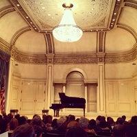 Foto scattata a Carnegie Hall | Maestro's Suite da Taylor H. il 5/1/2012