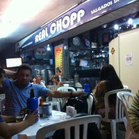 Foto tirada no(a) Real Chopp por carolina g. em 3/22/2012