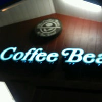 Photo taken at The Coffee Bean & Tea Leaf by Eric L. on 1/31/2012