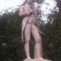 9/17/2011にMandola JoeがAlexander Hamilton Statueで撮った写真
