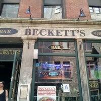 Photo taken at Beckett's Bar & Grill by John G. on 5/13/2012