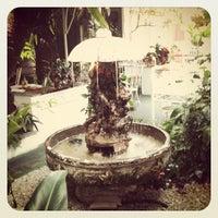 Photo taken at Jardim Aurélia Restaurante e Eventos by Thiago M. on 2/11/2012