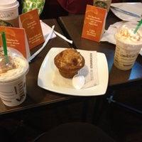 Photo taken at Starbucks Coffee by Keyla R. on 8/12/2012