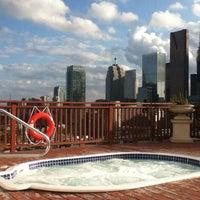 Foto tirada no(a) The Grand Hotel & Suites Toronto por Makis P. em 8/9/2011