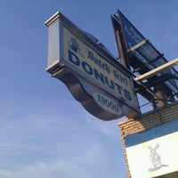 Photo taken at Dutch Girl Donuts by Charles W. on 9/1/2011
