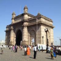 Photo taken at Gateway of India by Hisao on 3/18/2012