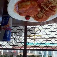 Photo taken at Restaurante Do Recife Praia Hotel by Daniel C. on 11/21/2011