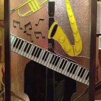 Photo taken at Jazz Showcase by Nick on 7/14/2012