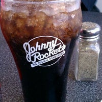 Photo taken at Johnny Rockets by Curtis P. on 3/12/2012