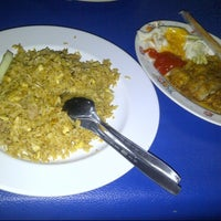 Photo taken at Laras Japanese Food Cah Bagus by Setan G. on 8/21/2012