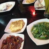 Photo taken at Juara Seafood by ApEk WhuuT on 9/5/2012