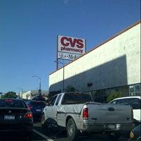Photo prise au CVS/pharmacy par Ivan L. le9/7/2012