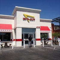 Photo taken at In-N-Out Burger by Yolanda on 7/5/2012